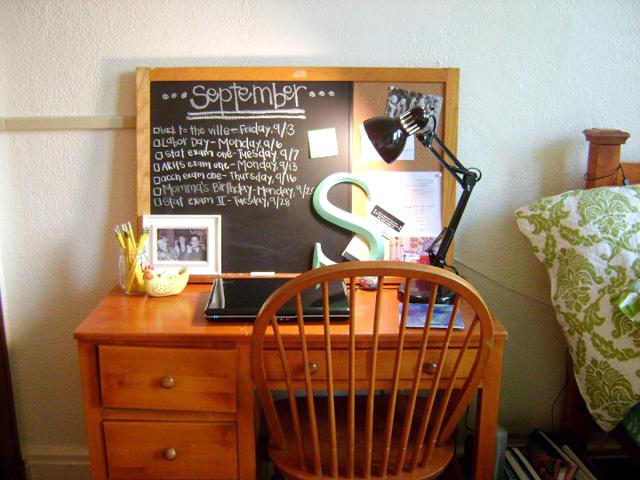 sarah desk1