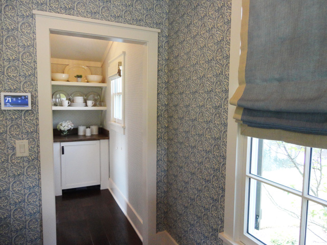 wallpaper and kitchen nook brighter1